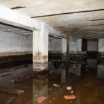 <!--:da-->Ammunitionsbunkerens indre, Tønder Zeppelinbase.<!--:--> <!--:de-->Innenansicht Munitionsbunker, Zeppelinbase Tondern<!--:--> <!--:en-->Interior of the ammunition bunker, Tønder Zeppelin Base.<!--:-->