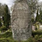 <!--:da-->Mindestenen på Tinglev Kirkegård<!--:--> <!--:de-->Denkmal auf dem Friedhof Tingleff.<!--:--> <!--:en-->Memorial stone at Tinglev churchyard.<!--:-->