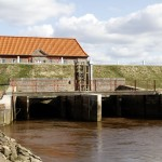 <!--:da-->Slusehuset ved Bred Ås udløb<!--:-->