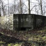 <!--:da-->Indgangene til flankeringsbunker, Toftlund.<!--:--> <!--:de-->Eingänge zum Flankenbunker, Toftlund.<!--:--> <!--:en-->Entrances to the flanking bunker, Toftlund.<!--:-->