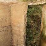 <!--:da-->Den skrå indgang, Posteringsbunkeren Ndr. Jersdal.<!--:--> <!--:de-->Der schräge Eingang, Postenbunker, Niederjersdal.<!--:--> <!--:en-->Angled entrance, outpost bunker, Ndr. Jersdal.<!--:-->